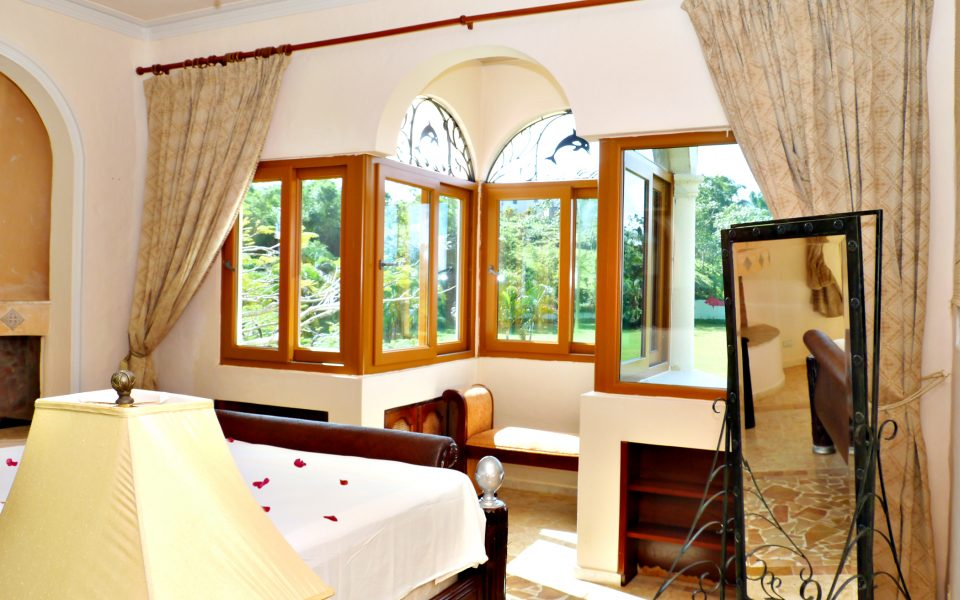 Room 2 (Cheetah room) (4)